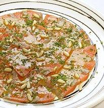 Carpaccio de Salmón salvaje con salsa de vinagreta de wasabi